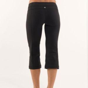 LULULEMON Reversible Cropped Pant Size 4